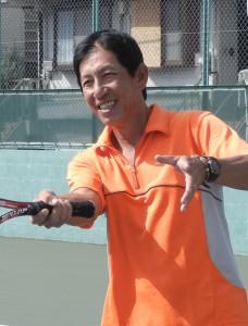 ミョー テッ ルゥン<br>(元ミャンマー代表・ミャンマーで10年連続No.1)