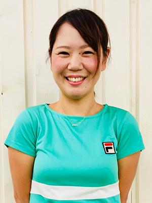 堀中 香里 コーチ