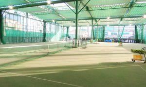 サリュートインドアテニススクール