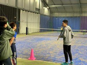 トム・インドアテニス秦野校