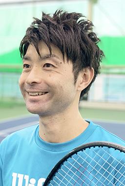 Kamohara Yoshinori<br>蒲原佳徳 コーチ