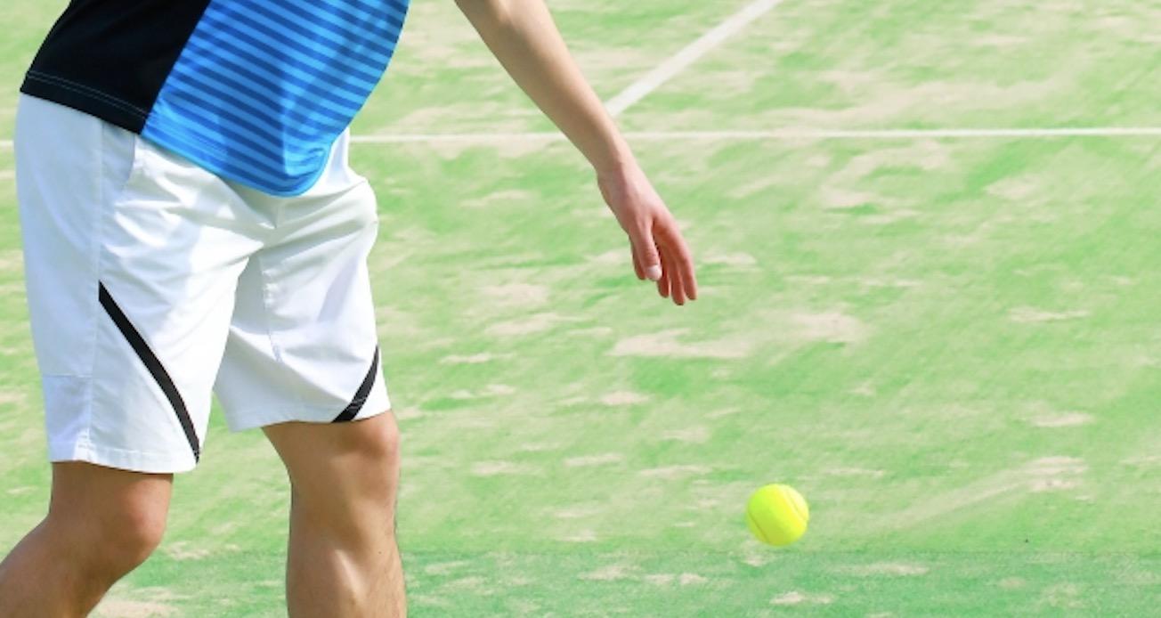 テニスはサーブがとても大切!